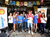 The_Ducati_riders_posing_with_the_owners_of_Sentul_Motors_and_the_Shell_...